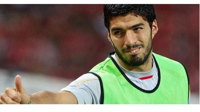 Madrid Ingin Usung Suarez di Akhir Bursa