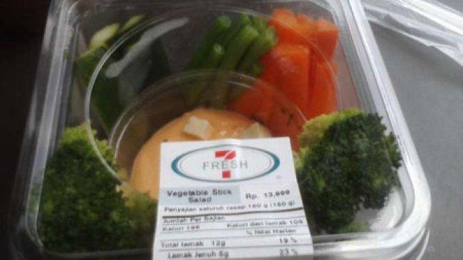 Hati-Hati Konsumsi Salad Kemasan! Kenali Risikonya!