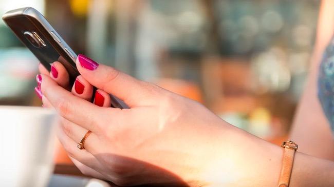 Beli Baru, Cek Dulu Legalitas IMEI Ponsel Anda