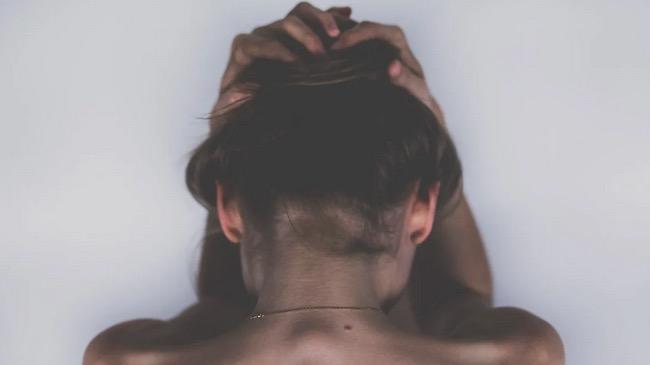 Kenali Penyebab Depresi dan Bagaimana Cara Mengatasinya