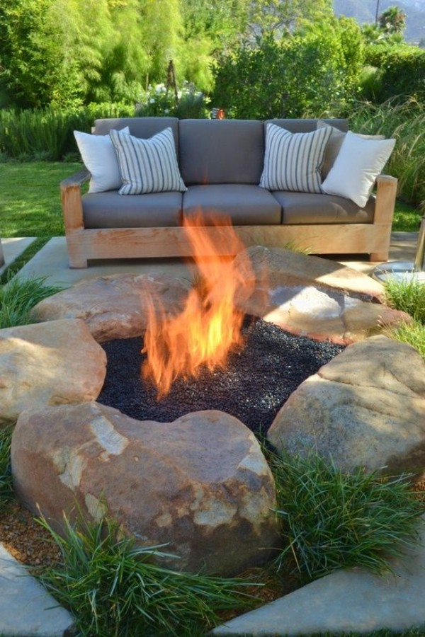 30 brilliantly easy diy fire pits to