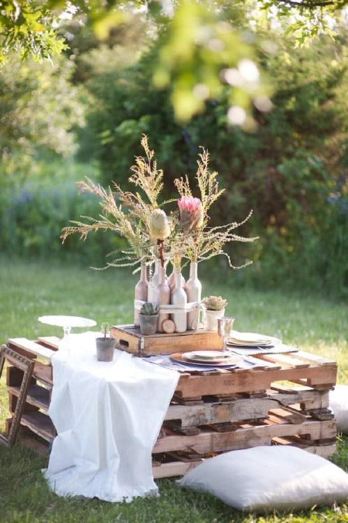 DIY Outdoor Pallet Tables