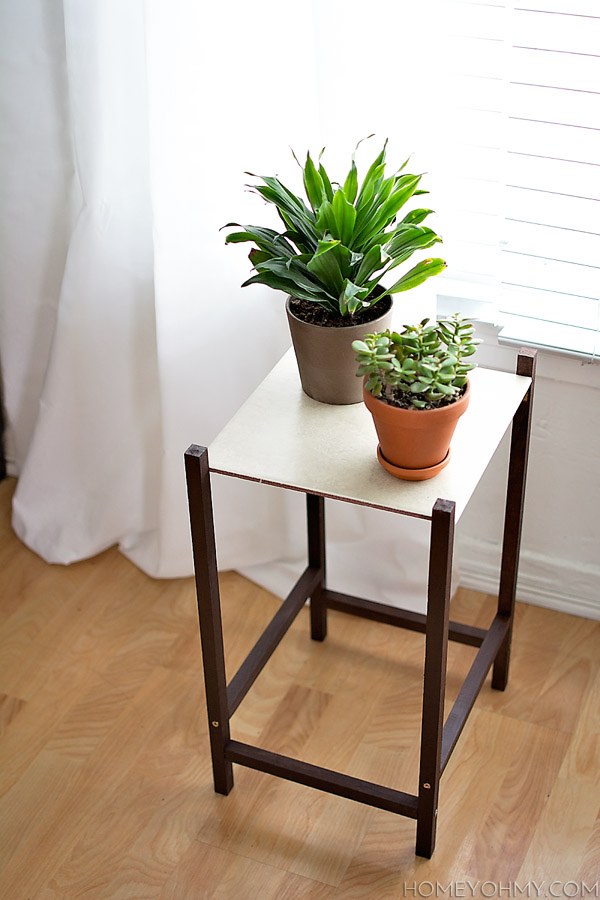 23 DIY Plant Stands That Hold The Product of Your Green Thumb on House Plant Stand Ideas  id=94834