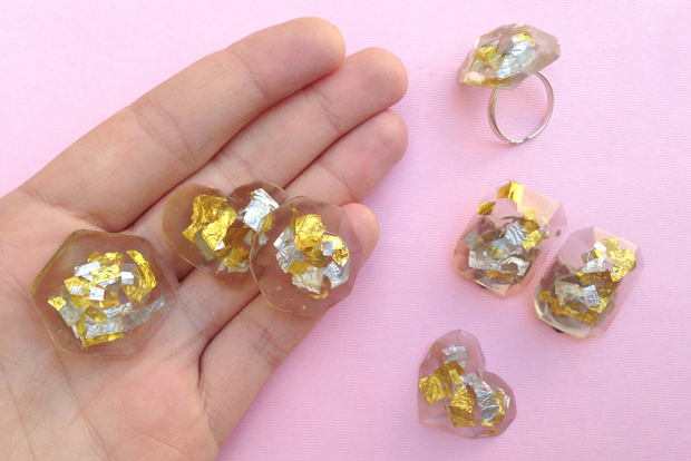 How Use Resin Make Jewelry