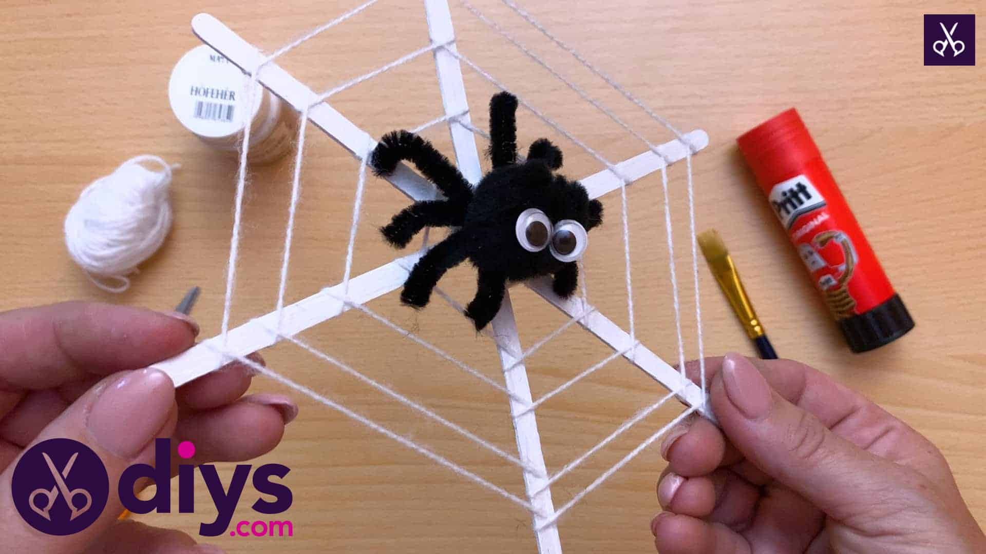 How To Make A Spider Web Decoration For Halloween