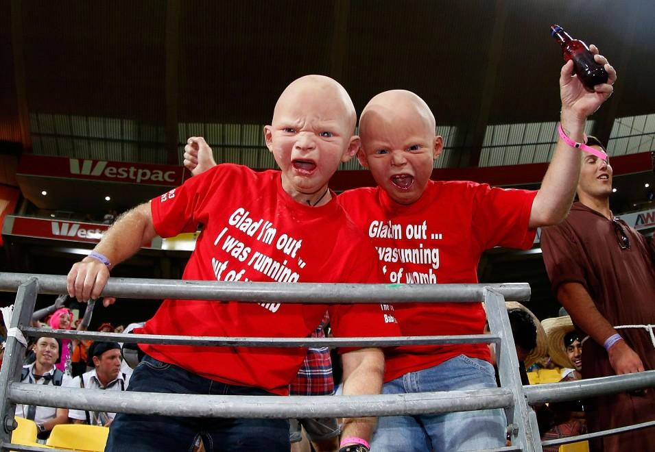Rugby, sugli spalti i tifosi fanno paura