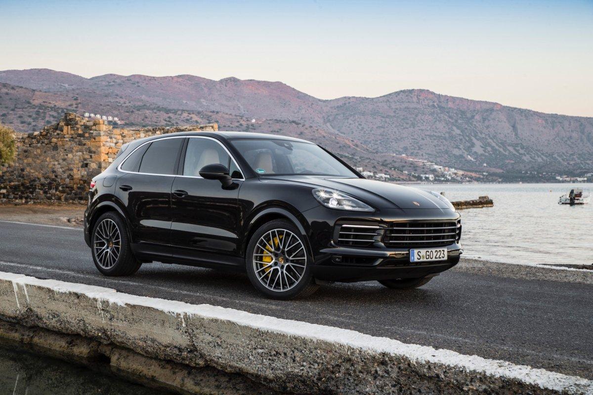 2018 Porsche Cayenne S Review The Complete Mean Machine