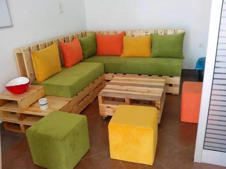 150+ Wonderful Pallet Furniture Ideas - Page 8 of 16 ... on Pallet Room Ideas  id=69940