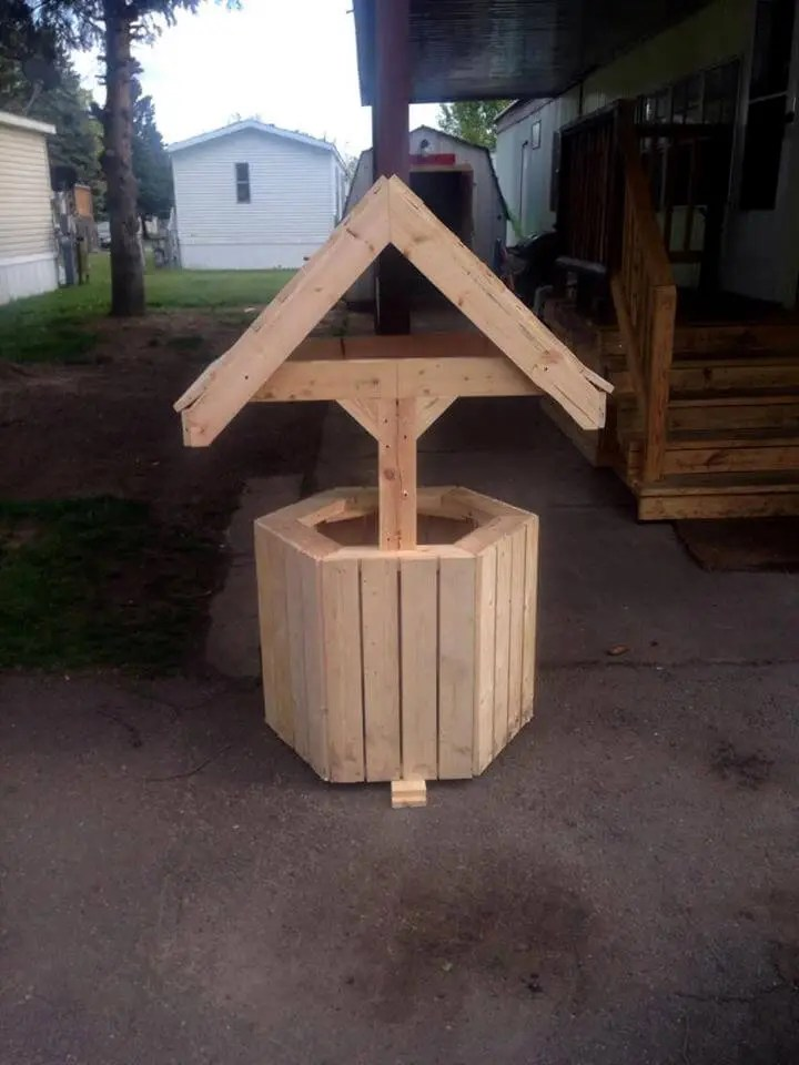 Build Wood Pallet Wishing Well Easy Pallet Ideas