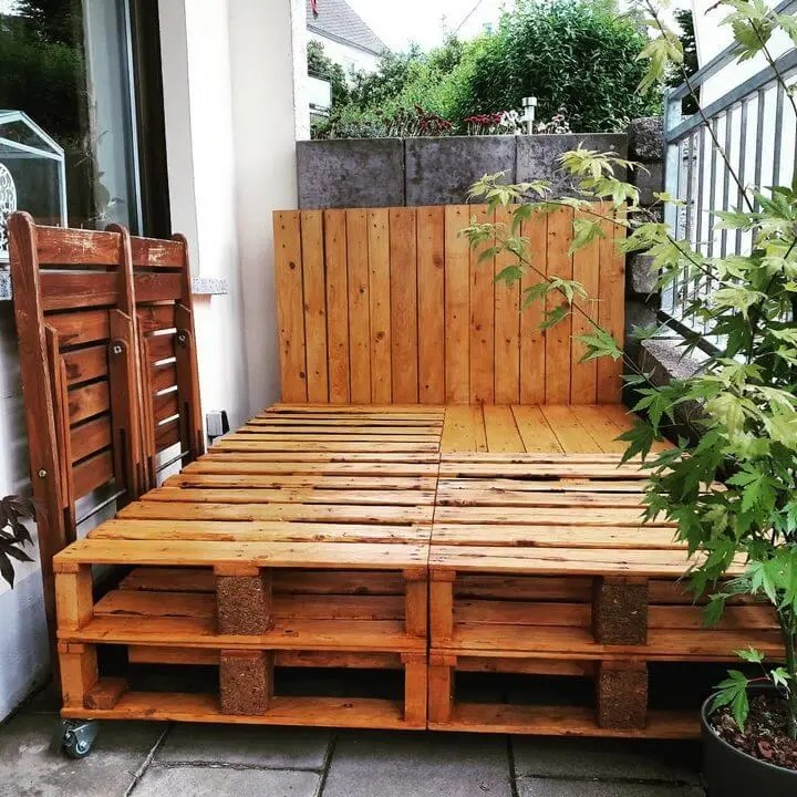 100 DIY Recycled Pallet Bed Frame Designs - Easy Pallet Ideas on Pallet Bed Design  id=92191