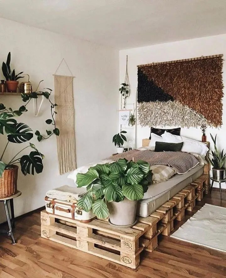 100 DIY Recycled Pallet Bed Frame Designs - Easy Pallet Ideas on Bed Pallet Design  id=88785