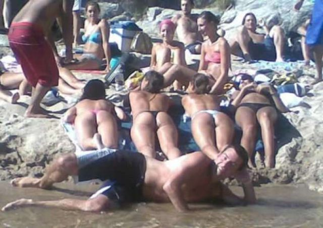 8 - 24 Beautiful Bikini Beach Shot FAILS!