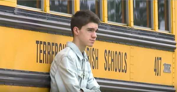 Teen rejected and laughed at before homecoming dance – 13 ...