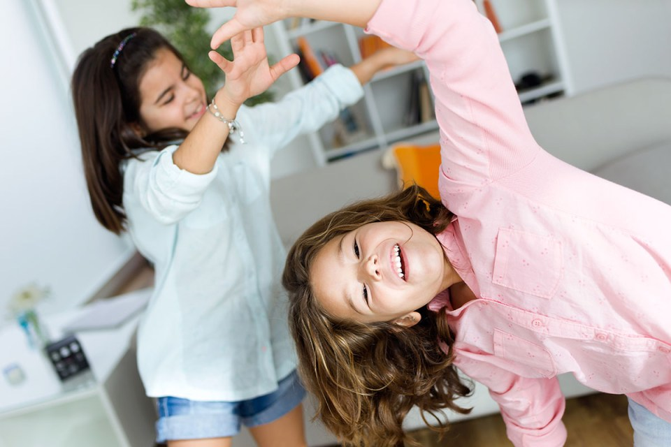 teaching children creative self-expression through dance