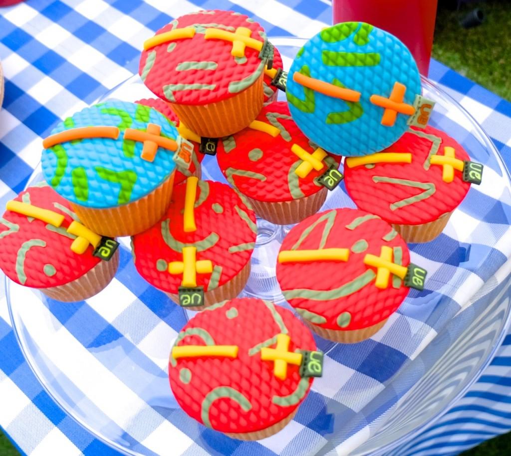 EU Roll Cupcake Emma Inks