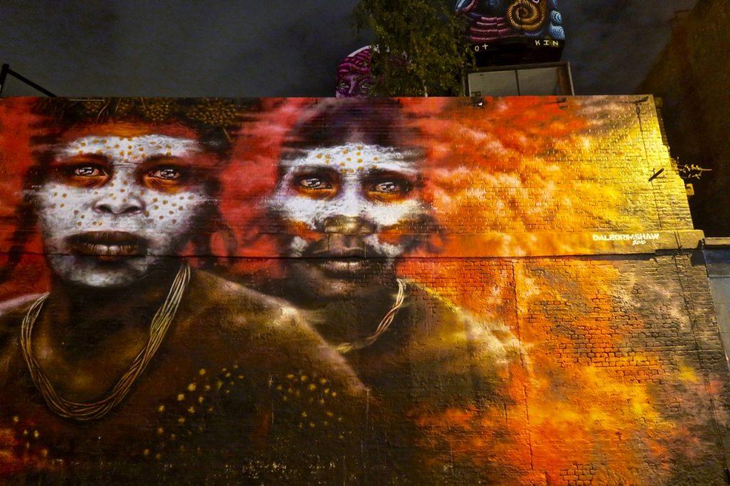 CitizenM Shoreditch Street art