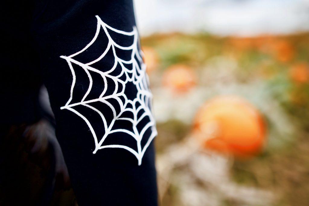 Emma Inks spider web details