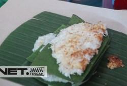 Cara Memasak Kuliner Intip Ketan,Jadi Menu Khas Bulan Ramadhan Di Kudus  – NET JATENG