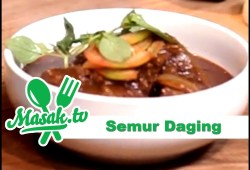 Cara Memasak Semur Daging Sapi – Indonesian Beef Smoor Feat Milly Ratudian