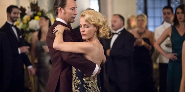 "HANNIBAL -- ""Antipasto"" Episode 301 -- Pictured: (l-r) Mads Mikkelsen as Dr. Hannibal Lecter, Gillian Anderson as Dr. Bedelia Du Maurier -- (Photo by: Brooke Palmer/NBC)"