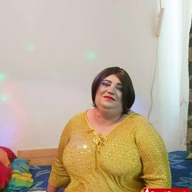 Doly transs milf with natural breasts and generous forms safe in location