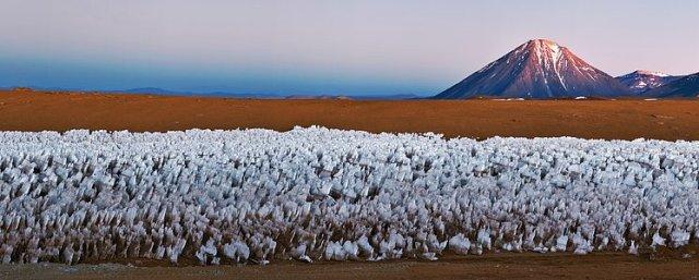 El volcán Licancabur: un cono icónico, vigilando Chajnantor