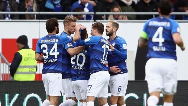 Darmstadt 98 ainda respira na primeira divisão do futebol alemão