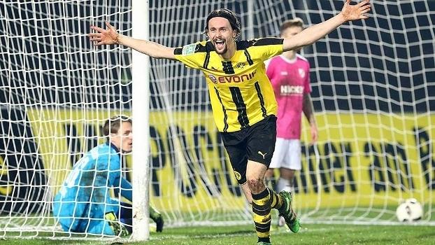 Subotic fez o gol da vitória do Borussia Dortmund sub-23 nesta quarta-feira
