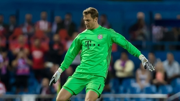 Manuel Neuer jogou nas 18 partidas do Bayern até aqui