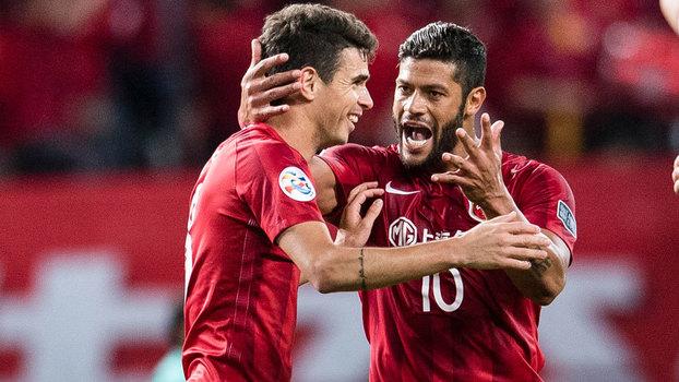 Oscar e Hulk são os dois brasileiros com maior valor de mercado no futebol chinês