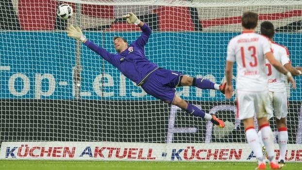 Michael Rensing hoje é titular no Fortuna Düsseldorf