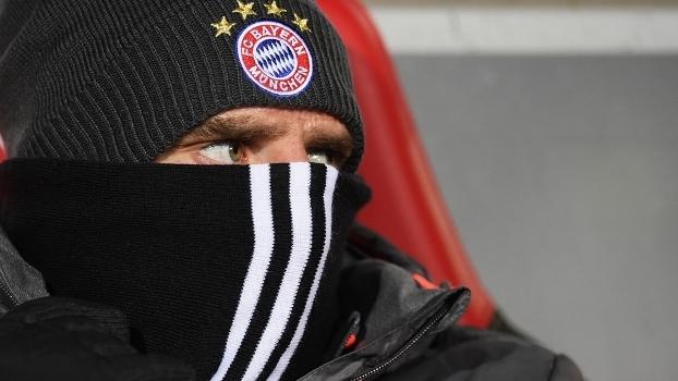 O francês Franck Ribéry, no banco de reservas do Bayern na partida contra o Freiburg