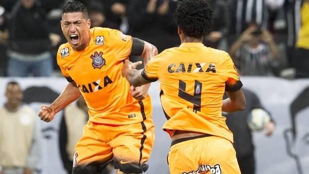 Ralf Comemora Gol Corinthians Fluminense Campeonato Brasileiro 02/09/2015