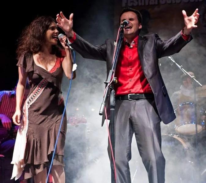 Singer, Juan Pinilla, triumphs at a concert in Almuñecar
