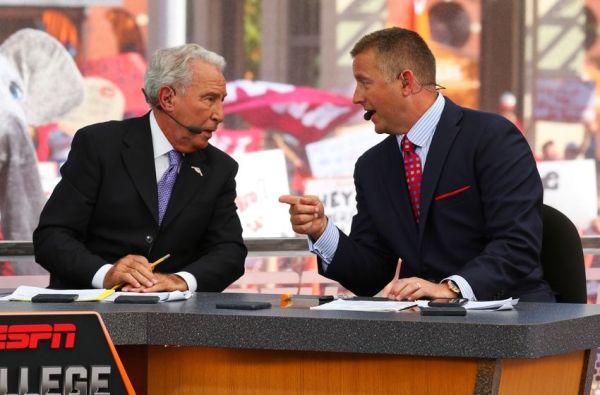 Best ESPN College GameDay signs Week 2: Virginia Tech vs ...