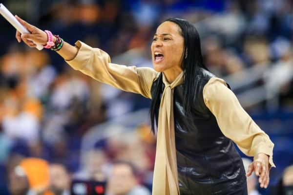 Dawn Staley named to Team USA coaching staff