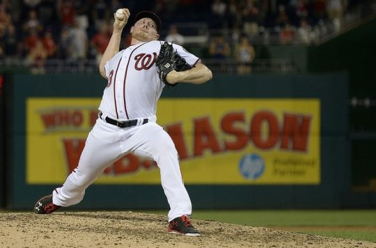 Aug 13, 2016; Washington, DC, USA; Washington Nationals relief pitcher Mark Melancon (43) pitches during the ninth inning against the Atlanta Braves at Nationals Park. Washington Nationals defeated Atlanta Braves 7-6. Mandatory Credit: Tommy Gilligan-USA TODAY Sports