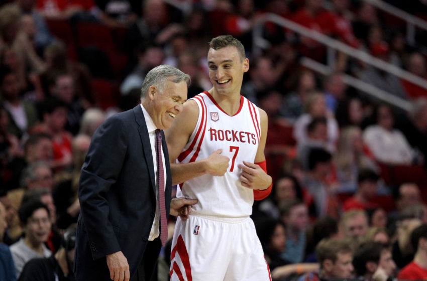 Mar 4, 2017; Houston, TX, USA; Houston Rockets forward Sam Dekker (7) shares a laugh with Houston Rockets head coach Mike D'Antoni against the Memphis Grizzlies during the third quarter at Toyota Center. Mandatory Credit: Erik Williams-USA TODAY Sports