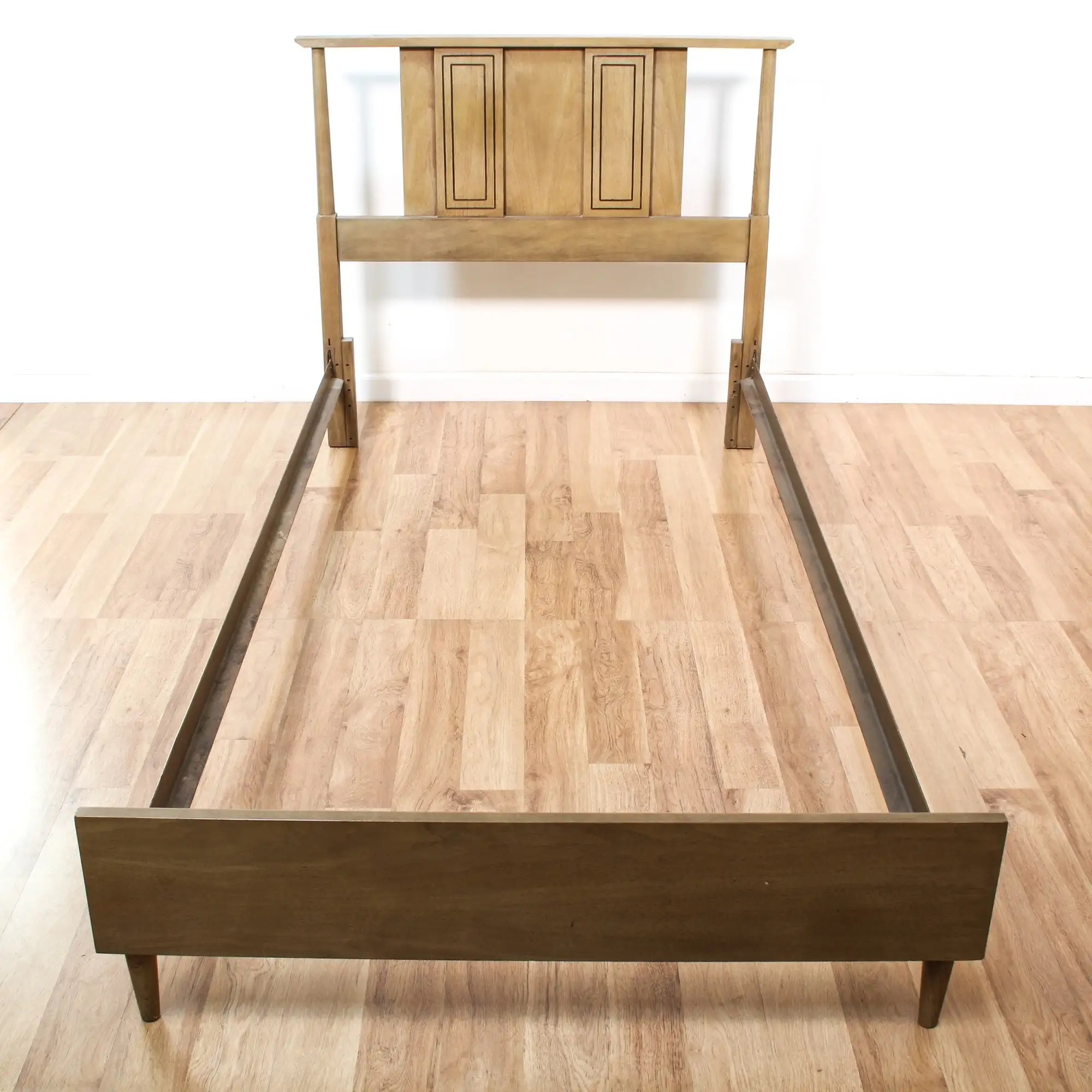 Mid Century Modern Twin Bed Frame Loveseat Online Auctions Los Angeles