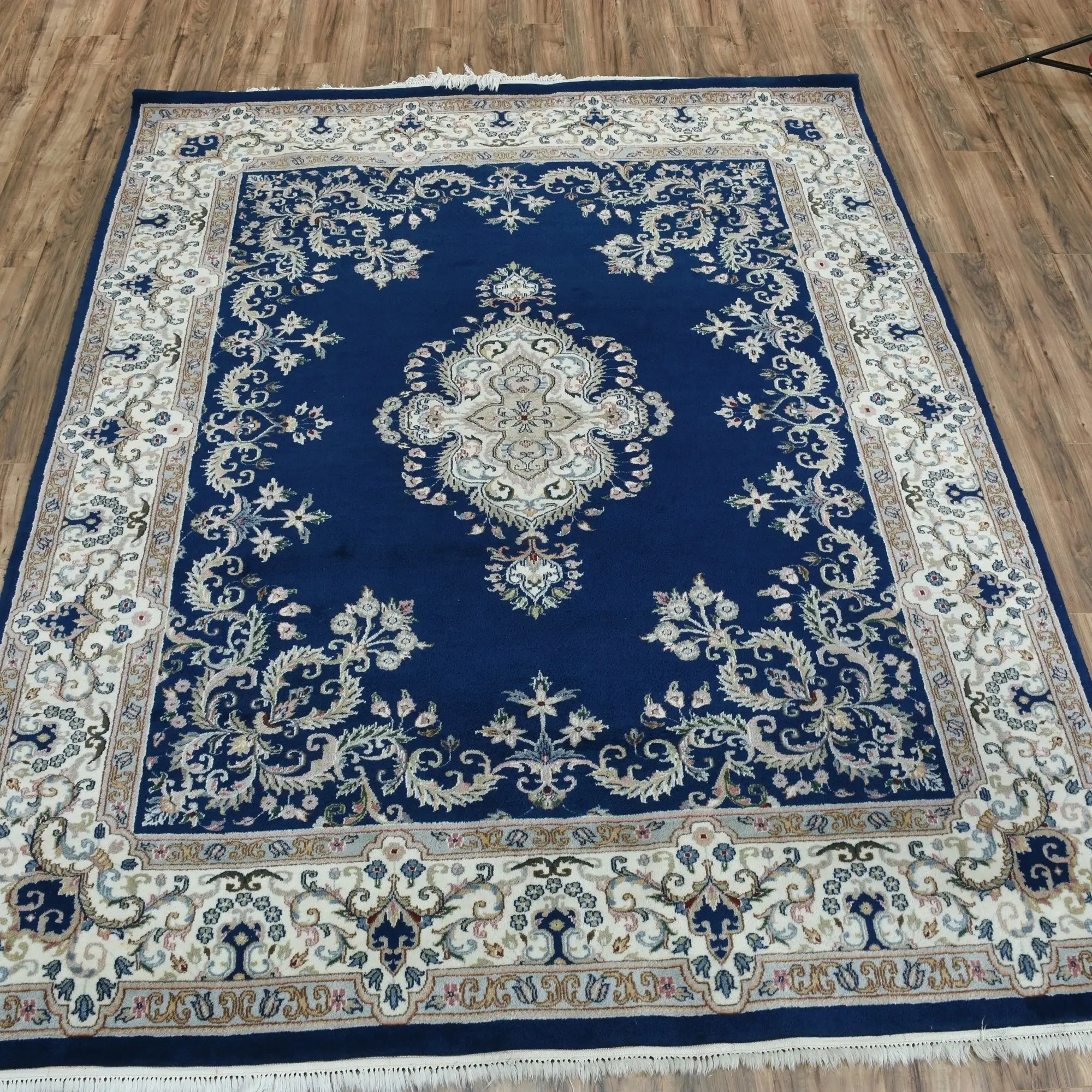 navy blue 8x10 area rug w floral