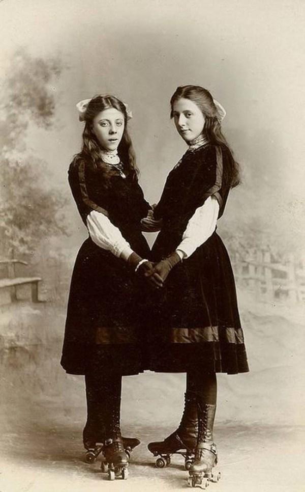 Страшнее, чем пост-мортем: 13 фото близнецов викторианской ...