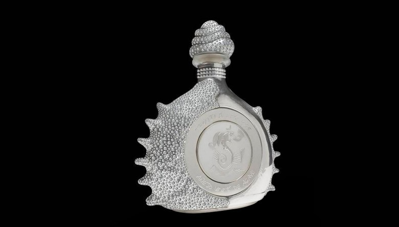 1. Pasión Azteca, Platinum Liquor Bottle от Tequila Ley – $3 млн. алкоголь, стоимость