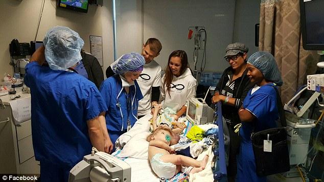 В США успешно прошла операция по разделению близнецов-краниопагов дети, операция, сша