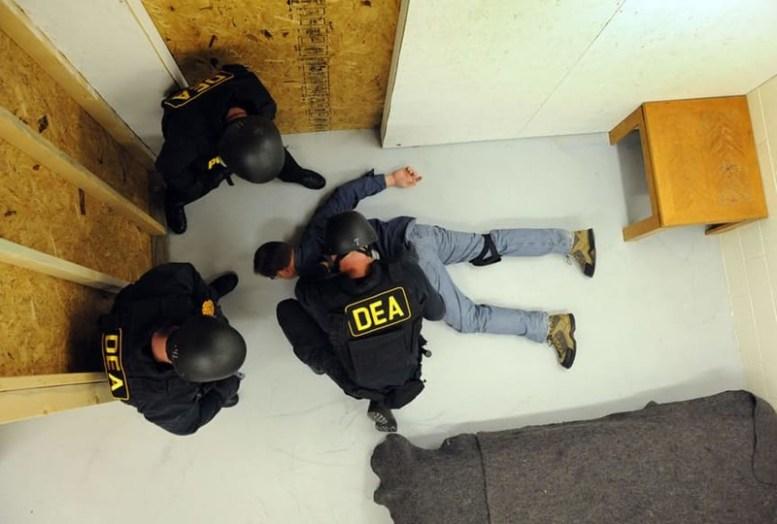 Правительство США торгует наркотиками Конспирология, страшная правда, теории заговора
