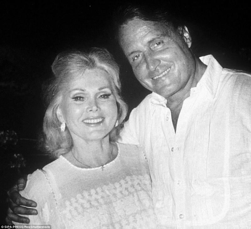 Восьмой муж - Фелипе де Альба (13 апреля 1983-14 апреля 1983) (брак аннулирован) Жа Жа Габор, актриса, жизнь, смерть