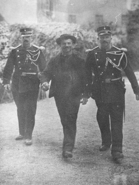 Анархист Луиджи Лучени, который убил Сиси (Елизавету Баварскую, императрицу Австрии) история, события, фото