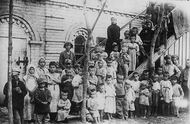 Борьба против детской бездомности на Волге, 1921 год беспризорники, гражданская война, дети, история, редкие снимки, россия, сироты, фото