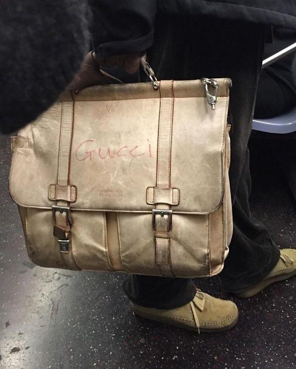 Пусть будет Gucci  люди, метро, мир, подземка, прикол, фото, фрик, юмор