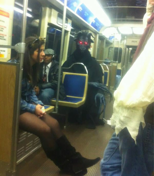 Ночной кошмар  люди, метро, мир, подземка, прикол, фото, фрик, юмор