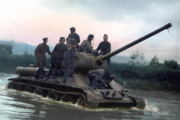 Техника Великой Отечественной войны на цветных фотографиях ...